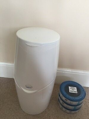 Angelcare nappy disposal system with 3 Refills