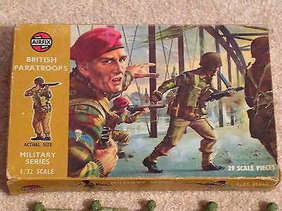 Set of 29 AIRFIX WWll British Paratroops Military Series 1:32 Scale Boxed
