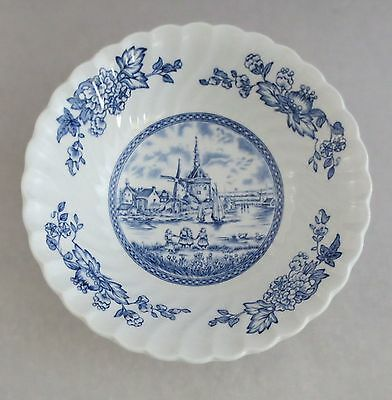 """2 Johnson Brothers England Tulip Time Blue White Background 6-1/4"""" Cereal Bowls"""
