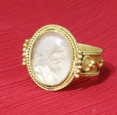stunning quality rare roman solid gold  ring 2nd century with rock crystal