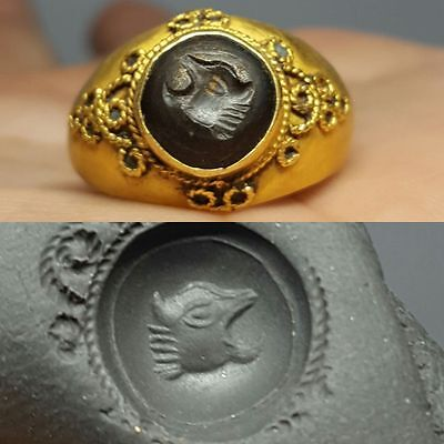 greek  Solid Gold ring with Garnet intaglio Stone 6.68 grams