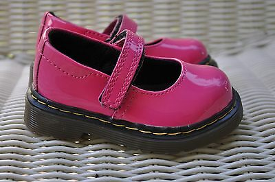 NWOT  Dr. Martens Girl's Pink Patent Leather Mary Janes Shoes Size: 4 Toddler