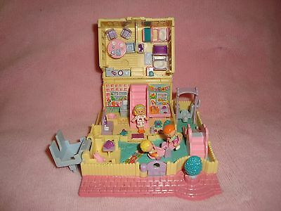 vintage 1994 Polly Pocket Nursery School Compact with 3 dolls