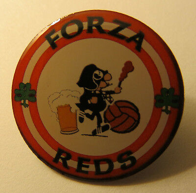 Cliftonville Fc Belfast Forza Reds Ultras Pin Badge Celtic Anti-Fa
