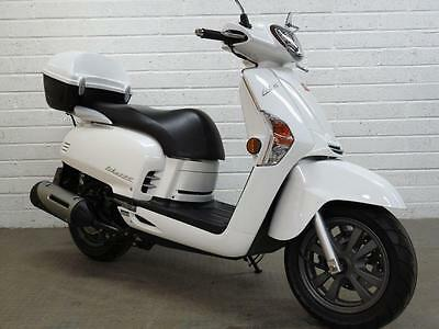 2013 63 Kymco Like 125Cc Scooter - 125Cc Immaculate!