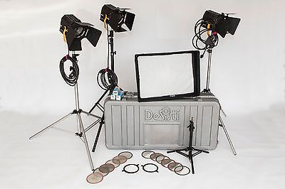 Desisti Tungsten/Fresnel Lighting Kit w/extras