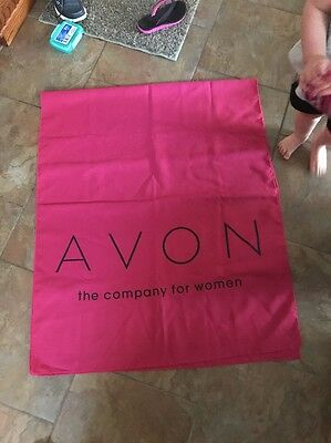 AVON The Company for Woman PInk Table Runner