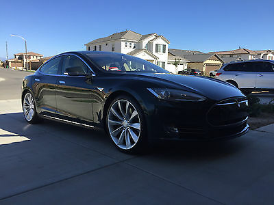 2013 Tesla Model S Model s P85 Tesla P85 loaded model S!!