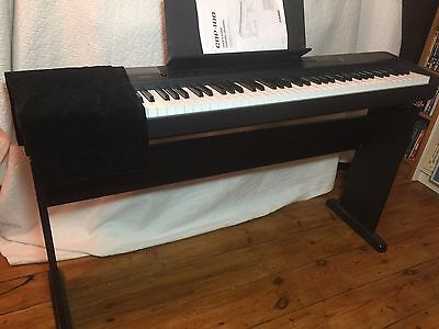 Digital piano Casio CDP 100 complete with stand