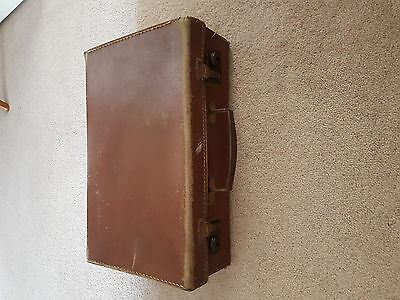 Small Vintage Brown Leather Case 1930/40's