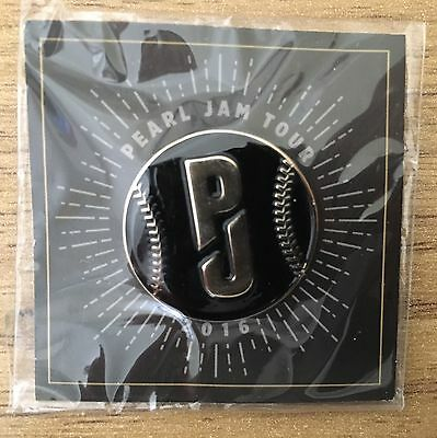 Pearl Jam - Wrigley Fenway Tour Eddie Vedder Enamel Pin Button Badge New!