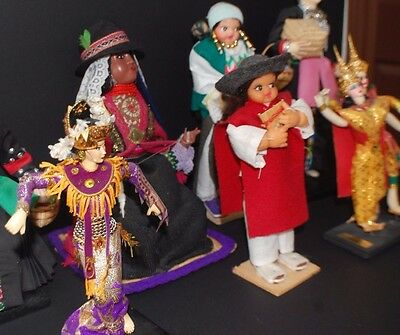 5 beautiful hand crafted cultural dolls came from a collector