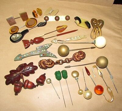 VINTAGE 1930S HAT DECORATIONS HAT PINS BUCKLES  24pc LOT CELLULOID LUCITE WOOD