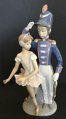 "Lladro Little Tin Soldier. 8321.10.25"". Francisco Police. Privilege Gold."