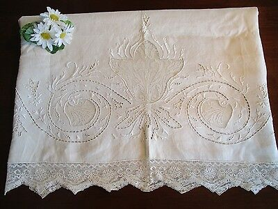 Linen Bedsheet w/Embroidery, Cutwork, Lace Edging, Embroidery, Vintage, Lovely