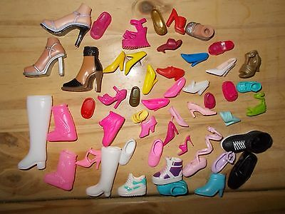 Barbie and other dolls odd shoes