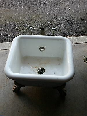 Antique Set Tub Must Check