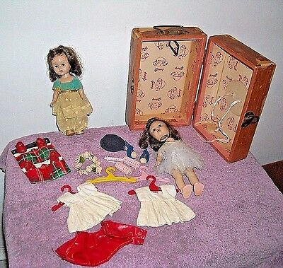 """Vintage Ginny Twins 7"""" Doll W Wood Doll Case/trunk Clothes And Accessories"""