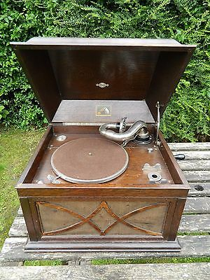 His Master's Voice Model 104 Table  Top gramophone