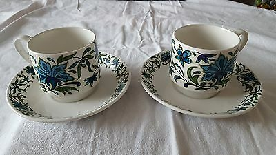 Midwinter Two Cups And Saucers And Two Side Plates