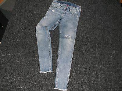 H&M Skinny Jeans size 6 Ankle Grazer Ripped Effect