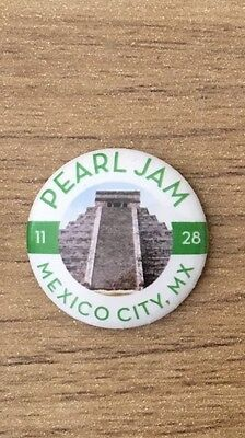 Pearl Jam Latin America Tour Mexico City  Eddie Vedder Pin Button Badge New!
