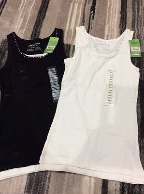 Green Source Lot Of 2 Women Tank Tops Size Small