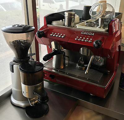 Gaggia Compact Coffee Machine Espresso with Gaggia Commercial Grinder RRP$8637