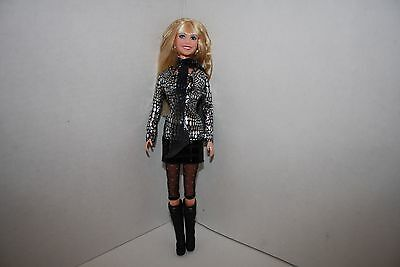 Hannah Montana Concert singing doll Pumping up the Party Jakks Miley Cyrus