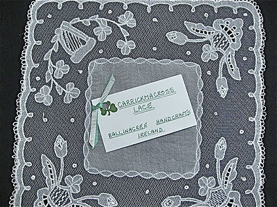 "ANTIQUE UNUSED CARRICKMACROSS LACE HANKIE 9.5"" sq FLORAL SPRAYS on MESH NWT"