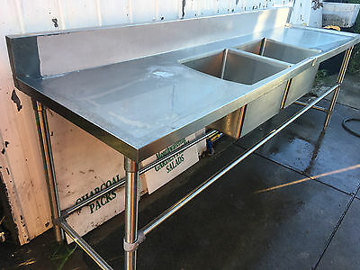COMMERCIAL 2 BOWLS STAINLESS STEEL SINK,pizza /restaurant / cafe .