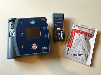 *uk Seller* Philips Heartstart Fr2+ Aed Defib + New Battery + New Pads