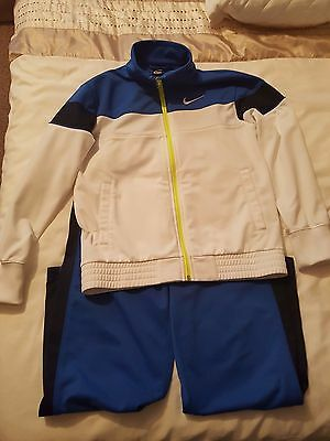 Nike tracksuit age 10-12  years
