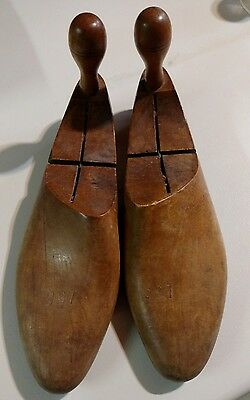 PAIR OF ANTIQUE VINTAGE COLLECTIBLE WOODEN REGAL SHOE FORMS # 155 ~CIRCA 1900's