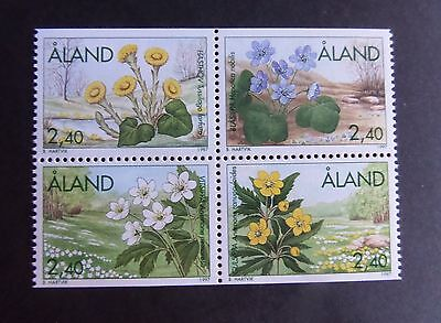 Aland 1997 spring flowers block of 4 SG119/22 MNH UM unmounted mint