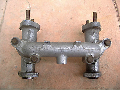 Triumph Spitfire 4 MK1 Herald Twin Carb Inlet manifolds Colectores de Admision