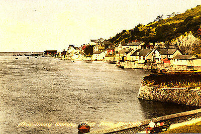 MERIONETHSHIRE - Postcard of ABERDOVEY looking West - 1930/40s ??