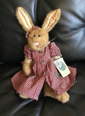 J.B.Bean & Associates Investment Collectables Sophie? Archive Hare Boyds Bears