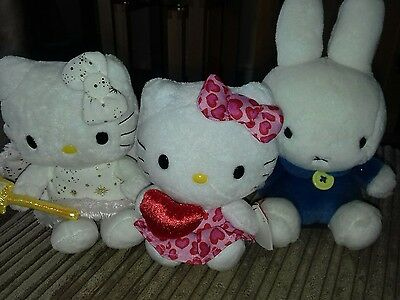 2 hello kitty and miffy