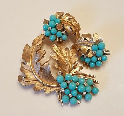 Vintage Crown Trifari Turquoise Lucite and Rhinestone Brooch with Earrings Set