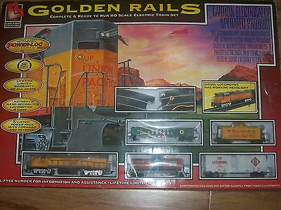 Life Like Golden Rails Complete & Ready to Run HO Scale Electric Train Set