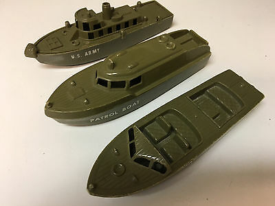 Plastic toy boats - Renwal