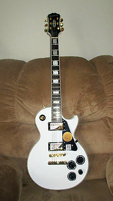 EPIPHONE Les Paul Custom Pro Electric Guitar - Alpine White - New (other)