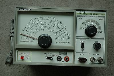 LEADER LSG-17 WIDE BAND SIGNAL GENERATOR Made in Japan