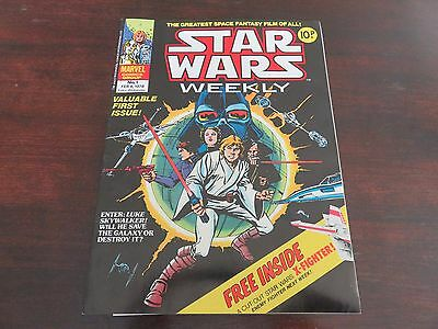 STAR WARS WEEKLY #1 No.1 FEB 8 1978 Marvel Comic With FREE GIFT VF 8.0