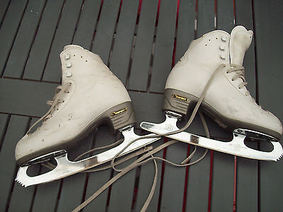 Risport RF4 Ice skates 230 (Italy) with MK Blades size 8 & 2/3 inches (England)