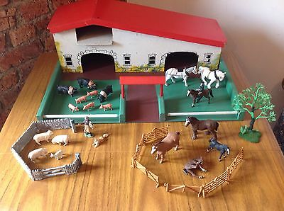 Vintage Farm Building & Animals By Britains Herald - Sheep Horse Pigs Figures