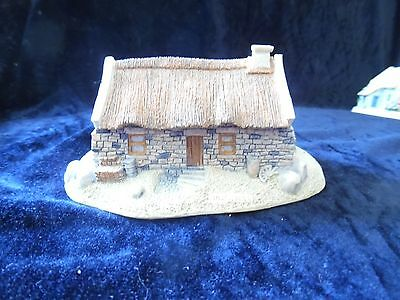 THE IRISH HERITAGE COLLECTION - Quiet Man Cottage - MADE IN IRELAND