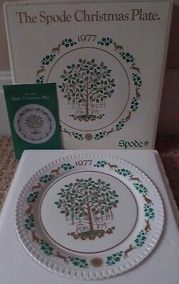 SPODE CHRISTMAS PLATE - 1977 8th PLATE - THE HOLLY AND THE IVY - BOXED