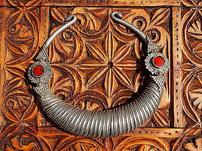 Afghanistan Nuristan Antique Silver spiral choker of the Kafirs swat valley NO11